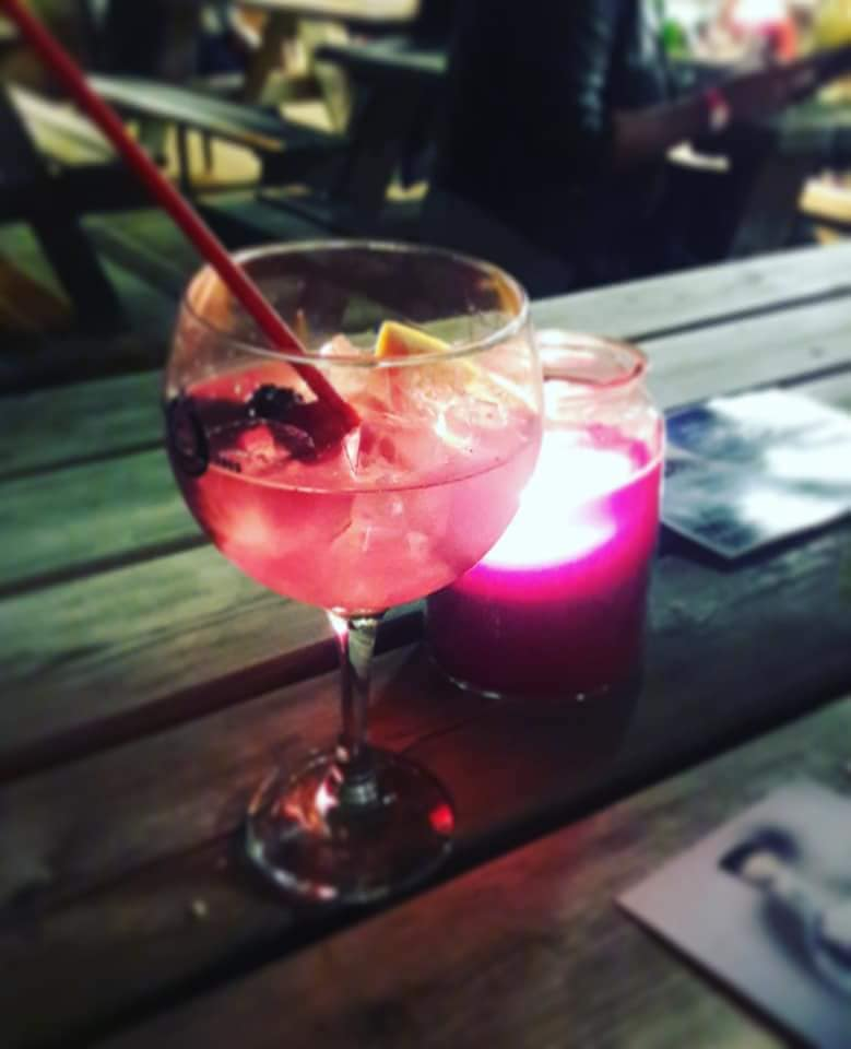 Gin and Rum Festival – Olives at the Station